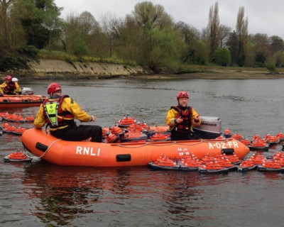 RNLI Alternative Boat Race 2015