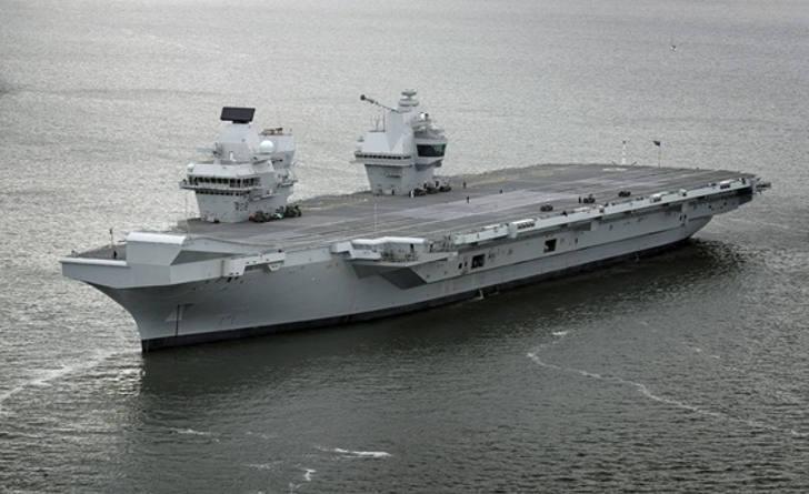 HMS Queen Elizabeth: Portsmouth Arrival